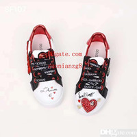 üst kıyafetler tasarımları toptan satış-Erkek spor ayakkabı ayakkabı beyaz kalp tasarım çocuk erkek kız elbise için ayakkabı çalıştırmak kız ayakkabı ayakkabı deri basketbol spor ayakkabı Ab 26-35