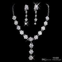 charmes de chrome achat en gros de-Pas cher bijoux de mariée de Charme en alliage chromé strass Perles en cristal Ensemble de bijoux pour mariage mariée demoiselle d'honneur Livraison gratuite en 15025