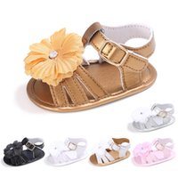 sandalias de niño flores al por mayor-Baby Flower Sandals Toddler First Walker Shoes Girls Beach Sandals Niños Infant Summer Shoes 6 colores