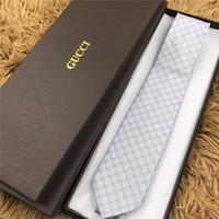 gravata de seda venda por atacado-luxo Designer de gravata de alta qualidade 100% gravata de seda da marca de moda caixa de presente de 7 cm edição clássica dos homens da marca casual gravata estreita