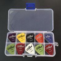 estuche de guitarras acústicas al por mayor-40 selecciones de la guitarra 1 caja de la caja Alice acústica eléctrica bajo pic púa mediador guitarra instrumento musical espesor de mezcla 0,58-1,5