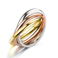 conjuntos de anillos de boda clásicos al por mayor-Clásico juego de anillos de diseñador de 3 rondas para las mujeres de compromiso de boda de acero inoxidable joyería del dedo femenino envío de la gota