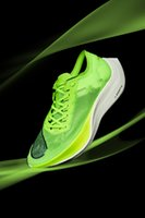 Wholesale newest outdoor soccer shoes resale online - ZoomXs Vaporflys NEXT Fluorescent Green Running shoes Breaking Newest men women super running sneakers outdoor designers