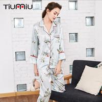 damen pyjama homewear großhandel-Sommer-Frühling-Frauen Pyjama Sets Qualitäts-Damen V-Ausschnitt Nachtwäsche Homewear Wäsche-Frauen-rosa Streifen-Schlaf-Hemd + Hosen tragen