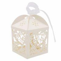 baby süßigkeiten schachtel geschenk groihandel-10Pcs / set aushöhlen Süßigkeit-Kasten mit Bändern Liebes-Herz-Muster Babypartybevorzugungen Geschenke Geburtstags-Party-Hochzeits-Dekoration