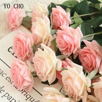 peônia vermelha artificial venda por atacado-Wedding YO CHO Artificial seda flores rosas artificiais Rosa Vermelho Branco buquês peônias falsificados partido Home Decoração flores falsas