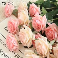 rosa rosen dekorationen großhandel-YO CHO Künstliche Blumen Seide Künstliche Rosen Rosa Rot Weiß Hochzeitssträuße Gefälschte Pfingstrosen Home Party Dekoration Gefälschte Blumen