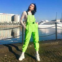 macacões verdes para mulheres venda por atacado-Neon Verde Fivela Corrente De Metal Rua Macacão Calças Mulheres Primavera Outono Bolsos Casuais Macacões Com cinto suspender calças LJJA2544