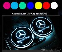 lámpara de coche interior al por mayor-2pcs LED Cup Holder coche Luces de Mercedes-Benz, 7 colores que cambian de carga USB Mat luminiscentes cojín de la taza, la atmósfera del interior de la lámpara LED