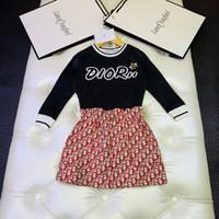 desgaste coreano dos bebés venda por atacado-Two Piece Outfits 2019 Terno Coreano meninas saia Crianças Menina Desgaste Atlético Twinset Bebê Roupa Dos Miúdos Definir Roupas de Manga wanziqianhong1