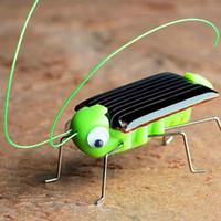mini güneş araba yarışçısı toptan satış-Güneş çekirge Eğitici Güneş Enerjili Çekirge Robot Oyuncak gerekli Gadget Hediye güneş oyuncaklar çocuklar için Yok piller