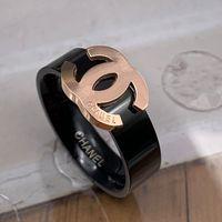 homens ouro anel de casamento venda por atacado-Novo design de moda de luxo deluxe rose gold black letter amor anéis de jóias para mulheres homens casamento presente de noivado frete grátis
