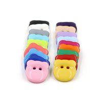 delikli reçine dikiş düğmeleri toptan satış-500 adet / grup 12.5mm katı renk reçine düğmeler dikiş 2 delik plastik düğmeler şeker renk için çocuk giysileri karikatür ayı düğmeler giysi