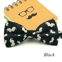 ingrosso bowtie in poliestere bianco-1 pezzi / lotto moda little beard papillon per uomo modello bowtie per il tempo libero nero bianco poliestere cravatta gravata bella