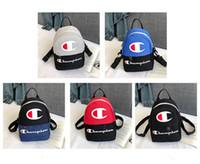 mochila de viaje de marcas al por mayor-Unisex Champions Letter Brand Mini Mochilas Bolsas de hombro de viaje deportivo Mujeres Crossbody Chest Riñonera Riñonera Mochila 2019 C3194