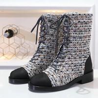 sapatos simples de couro preto venda por atacado-Designer de alta qualidade Botas De Pano Mulheres Dedo Do Pé Redondo Botas De Couro Da Motocicleta Mulher Moda preto Martin botas de couro de luxo sapatos