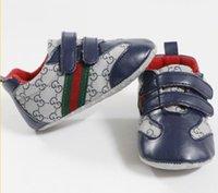 blaue babybeuten großhandel-Neue Baby Erste Wanderer Für Mädchen Jungen Neugeborenen Schuhe Baby Walker Infant Kleinkind Weiche Unterseite Anti-slip Gucci Sneaker Sportschuhe
