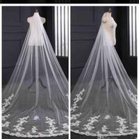 Wholesale bridal dresses ivory veil resale online - 2019 Elegant Long Tulle Lace Applique Wedding Veils Bridal Veils Matching The Wedding Dresses