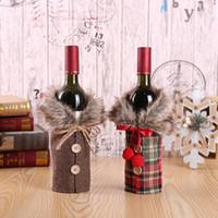tapas de botellas de tela al por mayor-Navidad felpa vino Botella Bolsas Botón botella de vino de la tela escocesa de la cubierta del arco de tela de lino del regalo de la bolsa de la decoración del hogar apoyos FFA3157