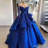 volante de la bola del hombro al por mayor-Vintage Royal Blue Lush Vestidos de baile Apliques de encaje Vestidos de baile Lentejuelas brillantes Fuera del hombro Vestidos de baile Volantes Vestidos de noche escalonados