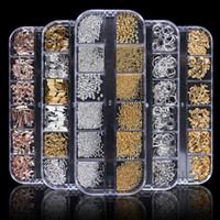 ingrosso fascino d'oro misto-1Case Oro Argento Hollow 3D Decorazioni per nail art Mix Metal Frame Rivetti per unghie Fascino lucido Strass Manicure Accessori Borchie JI772