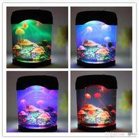 lámparas de medusas al por mayor-Nueva Creativa Hermosa Acuario Noche Tanque de luz Natación Luz del humor Durable Decoración del hogar Simulación Medusa LED Lámpara