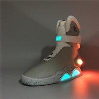 zapatillas de baloncesto en el futuro al por mayor-Aire revistas Volver al Futuro Moda zapatillas de deporte para hombre de las mujeres de los zapatos corrientes Iluminación LED Los nuevos zapatos de baloncesto de llegada Marty McFly s