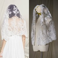 Wholesale accessories white short dress resale online - Fashion Short Bridal Veils Lace Appliques One Layer Veil with Comb Women Wedding Dress Accessories Cheap Veils Custom Made