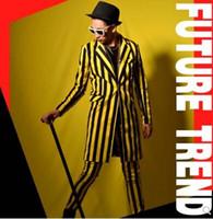 jersey negro rayas amarillas al por mayor-S-5XL CALIENTE 2018 Nuevo Club Nocturno Ropa para hombres cantante delgado DJ GD Amarillo raya negra traje largo pantalones trajes masculinos trajes formales vestido formal más tamaño
