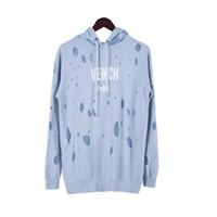 hafif molalar toptan satış-18FW Yeni Kış Avrupa Paris Amerikan Açık Mavi Moda Lüks Kırık delik Kazak Rahat Kadın Erkek Kapşonlu Hoodies Streetwear