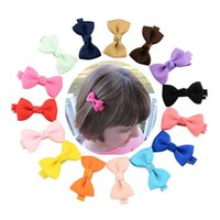 mini arcos de grosgrain venda por atacado-Bebê Bow Grampos pequeno mini Grosgrain Ribbon Bows Hairgrips clipes Meninas bowknot cabelo acessórios para crianças 20 cores M642