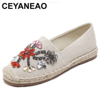 мокасины для женщин оптовых-CEYANEAO 2018 New Color Rhinestone Slip-On Loafers Flower Women Canvas Flat Shoes Fashion Breathable Casual Lazy FlatsE931
