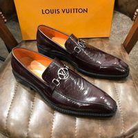 erkekler kahverengi dantel ayakkabıları toptan satış-Yeni Erkekler İş Resmi Elbise Ayakkabı Oxford Erkekler Deri Ayakkabı Dantel-Up Sivri Burun İngiliz Tarzı Erkekler Ayakkabı Kahverengi Siyah