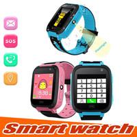 mejores relojes inteligentes al por mayor-Reloj inteligente para niños Q9 Niños anti-perdidos Relojes inteligentes Reloj inteligente LBS Tracker Relojes SOS Llame para Android IOS Mejor regalo para niños