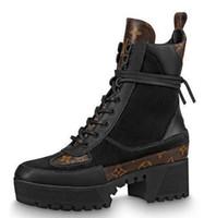 bot topuklar elbise toptan satış-1a4xxt Yeni Ödül Çöl Boot Kadın Boot Sürme Yağmur Çizmeleri Patik Sneakers Yüksek Topuklu Lolita Elbise Ayakkabı Pompaları