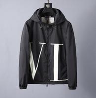 ingrosso moda uomo cinese s-2019 primavera moda uomo s Cooperazione abbigliamento designer di alta qualità con cappuccio giacche cinese taglia ~ top designer giacche di alta qualità per gli uomini