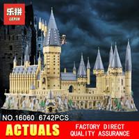 films de noël enfants achat en gros de-Lepin 16060 Harry Movie Potter Série Les 71043 Château De Poudlard Ensemble Blocs de Construction Briques Enfants Jouets Maison Modèle Cadeaux De Noël