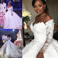 Wholesale handmade short wedding dresses for sale - Group buy 2020 Stunning Plus Size Wedding Dresses Handmade Flowers Lace Applique Beaded Bridal Gowns Dubai African Crystal Tulle Wedding Gowns