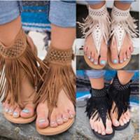 бежевый богемный сандал оптовых-Большой размер богемной кисточкой заклепки щепотка сандалии римские женщины стиль плоские пятки гладиаторские сандалии обувь черный бежевый коричневый