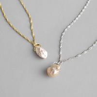 collier de perles baroques 925 achat en gros de-925 Sterling Silver Ripple Chain Colliers Nouvelle Mode Irrégulier Baroque Naturel Perle D'eau Douce Pendentif Colliers Pour Les Femmes