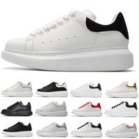 zapatos de suela gruesa blanca al por mayor-2019 zapatos de diseño de moda de lujo zapatillas de cuero para hombres, mujeres, blanco y negro, zapatos de plataforma, con suela gruesa, aumentando la altura envío libre
