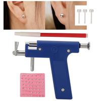 saplama kulağı delme tabancası toptan satış-98 PCS kulak Çıtçıt Takı Aracı b ile Profesyonel Piercing Araç Seti Kulak Burun Vücut Navel Piercing Gun Kulaklar Studs Aracı