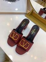 elegante sommersandalen großhandel-2019 Sommer Mode Damen Hausschuhe Exquisite Und Markenqualität Sandalen Im Freien Sandalen Echtes Leder elegante Schuhe