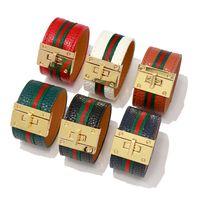 замки для наручных часов оптовых-Europen Design America Мода Новый Роскошный Браслет Красный Зеленый ткань Кожаный Браслет Замок Ремня Дизайнер Пу браслет Браслет