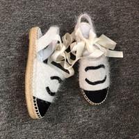 chaussures à talons de plage achat en gros de-2019 femmes sandales camillia corde lanière en cuir 35-40 sandales de luxe en cuir, glissières plates talon chaussures de plage en cuir à bout ouvert avec boîte