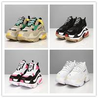 ingrosso scarpe antiche-2019 Fashion Paris 17FW Triple-S Sneaker Triple S Restoring Ancient Leisure Casual Dad Scarpe per uomo Donna Beige Nero Ceahp Sports Design