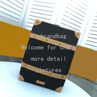 мягкие сумки для выходных оптовых-SOFT TRUNK BACKPACK PM Высокое Качество Дорожные Сумки Натуральная Кожа Туризм Рюкзак для Мужчин Сумка Выходных Известный Дизайнер Отдых На Природе Hikking