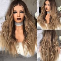 ingrosso parrucca riccia naturale bionda-Parrucca bionda lunga riccia delle donne di Ombre parrucche sintetiche naturali ondulate lunghe dei capelli