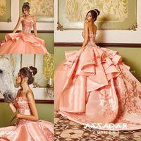 vestidos elegantes venda por atacado-Elegante frisado vestido de baile quinceanera vestidos querida pescoço appliqued doce 16 vestido de cetim trem de varredura lantejoulas vestidos de baile de máscaras