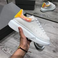 platform espadrilles toptan satış-2019 Renkli Yansıma Erkek Rahat Ayakkabılar Platformu Moda Lüks Tasarımcı Kadın Sneakers Deri Turuncu Vintage Trainer Ayakkabı Espadrilles